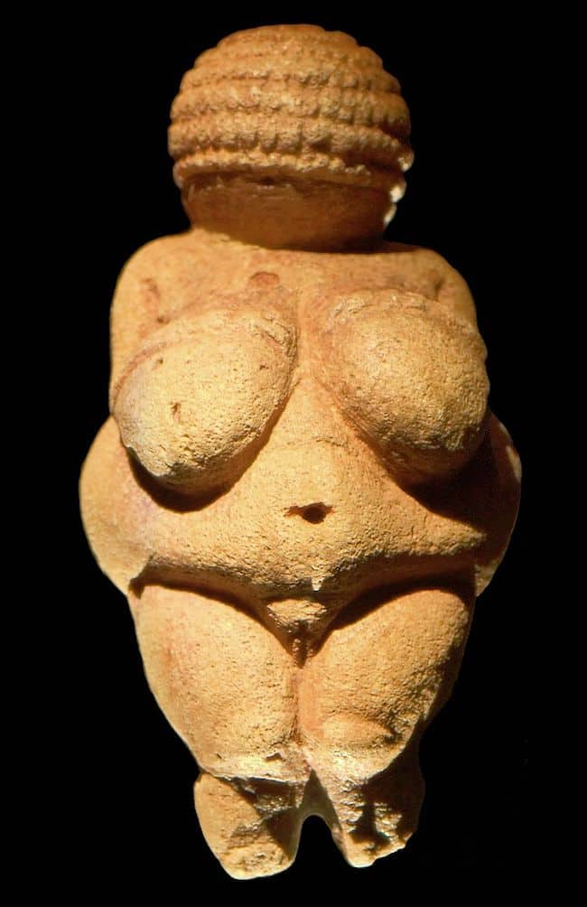 Venus von Willendorf Frontal